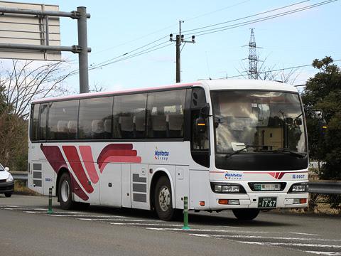 西鉄高速バス「フェニックス号」 9907 人吉インターにて_01