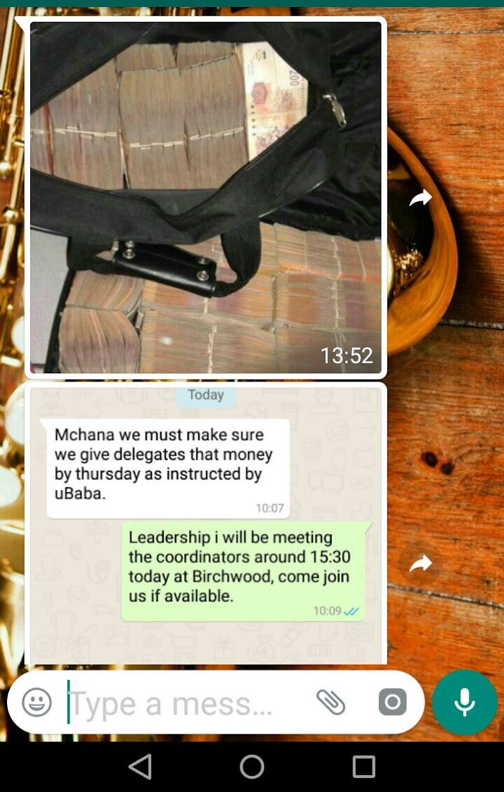 A screenshot of a fake news message that was doing the rounds on Tuesday, it seems Police Minister Fikile Mbalula based his Tweets on this.