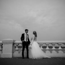 Wedding photographer Larisa Moiseeva (PicaPica). Photo of 02.12.2014