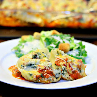 (Freezer Friendly) Sausage & Spinach Stuffed Shells