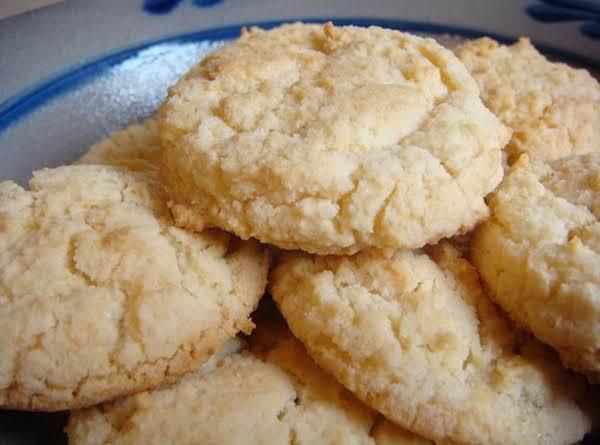 Vanilla Almond Sugar Cookies! Recipe