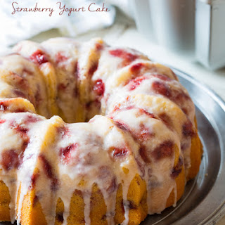 Fresh Strawberry Yogurt Cake