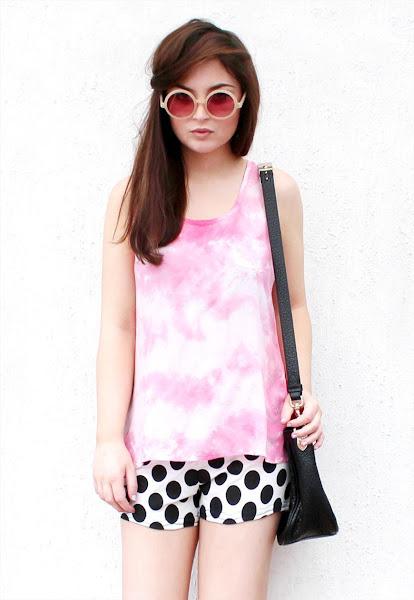 Photo: Batoko https://marketplace.asos.com/listing/tops/pastel-pink-tie-dye-top/315269