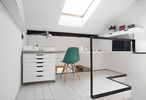 Tiny-Milan-Apartment-by-R-piuerre_dezeen_468_7.jpg