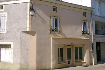 maison à Argenton-les-Vallées (79)