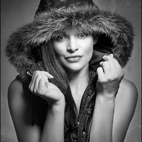 by Adrian Chinery - Black & White Portraits & People ( fashion, black and white, beauty, pretty, parka, portrait, eyes, sexy, hoodie, fashionable, female, lips, fur, brunette,  )