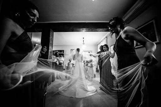 Wedding photographer Leonardo Scarriglia (leonardoscarrig). Photo of 06.12.2017