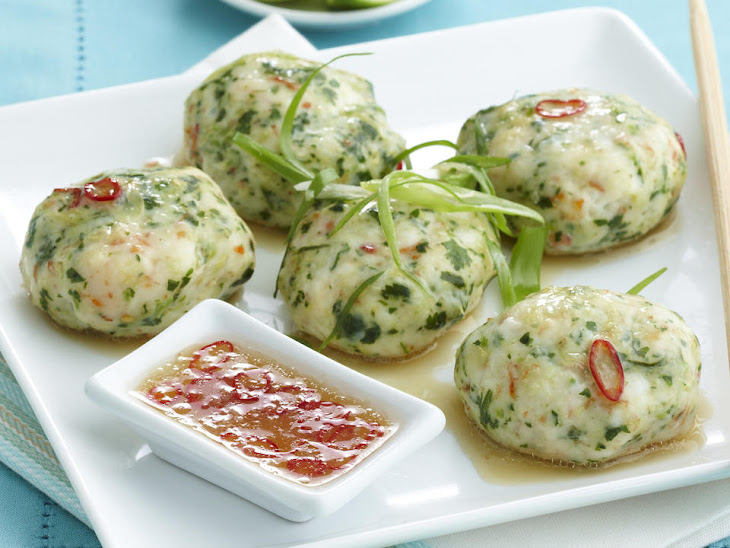 Steamed Shrimp Cakes with Dipping Sauce Recipe