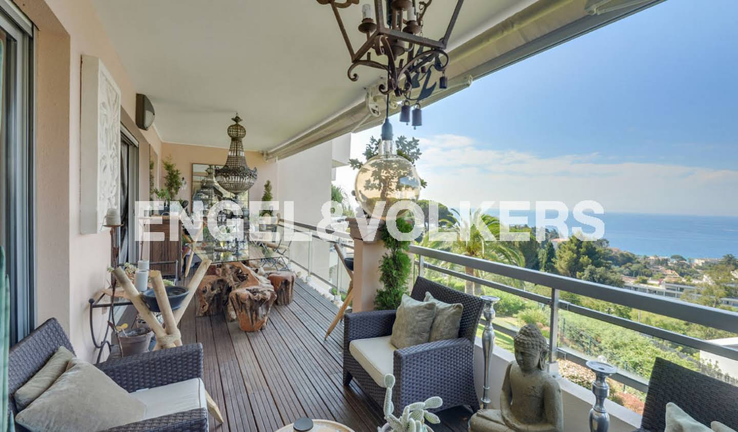 Apartment with terrace and pool Cannes la bocca