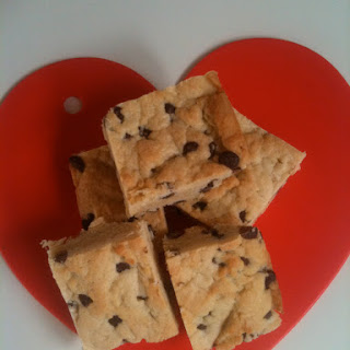 Fast And Simple One Bowl Chocolate Chip Bar.