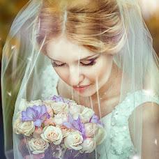 Wedding photographer Yuliya-Dmitriy Morozovy (JulyIce). Photo of 24.02.2015