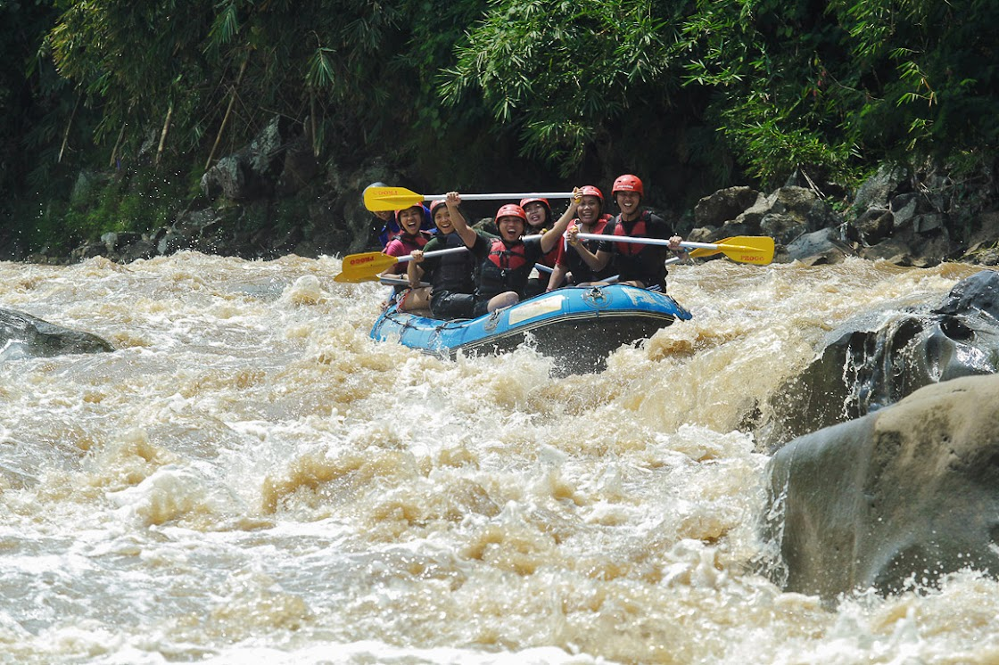 Rafting di Kali Progo seru banget!