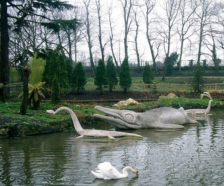 Os estranhos dinossauros do Crystal Palace Park