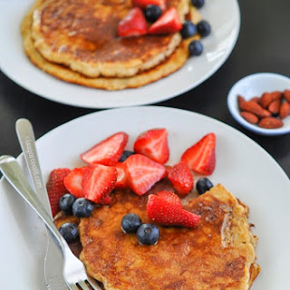 Almond Oat Bran Pancakes {Breakfast Club} Recipe