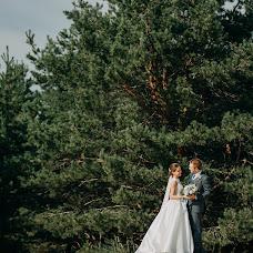 Wedding photographer Aleksey Denisov (chebskater). Photo of 02.04.2018