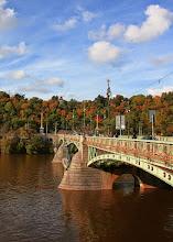 Photo: Praha - Metronom na Letné a pohledna Čechův most
