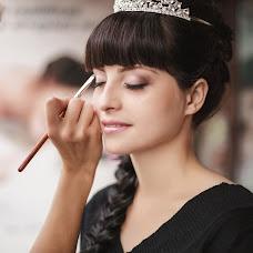 Wedding photographer Alena Pokidova (EkaPokidova). Photo of 18.02.2014