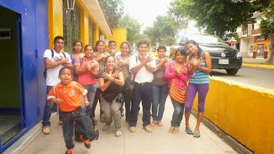 Photo: Miguel et sa classe (Tumbes, Pérou)