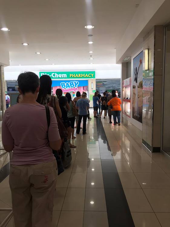 Long queues at Randridge Mall in Johannesburg ahead of the national lockdown on Friday.