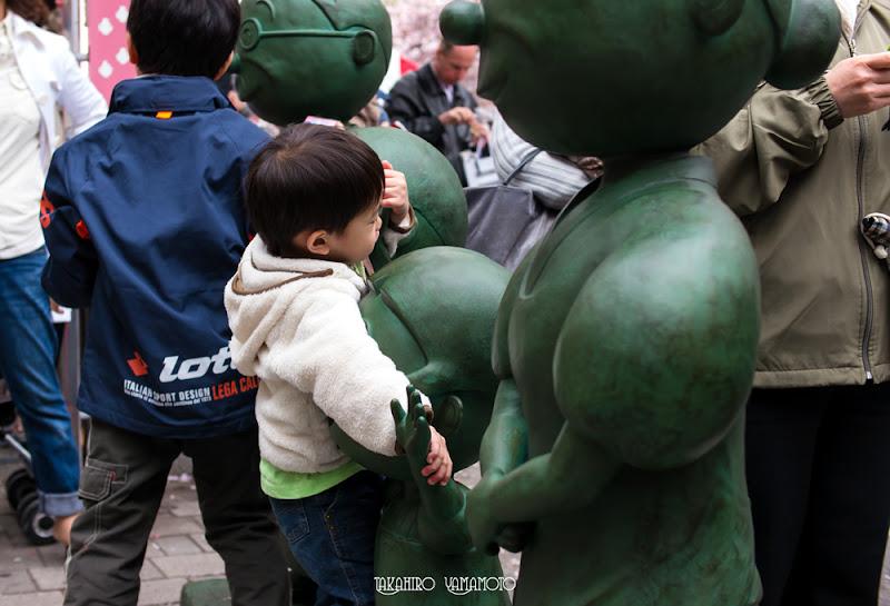 Photo: Sometimes children gave them a tight hug.