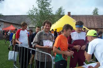 Photo: Талызин получит карты для своих пермских юниоров (из беседы с ним я узнал, что они получили визы за 3 часа до выезда в Латвию...)