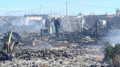 Restos del incendio en el núcleo chabolista de Los Albaricoques