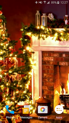 Christmas Fireplace LWP 1.0 screenshots 4