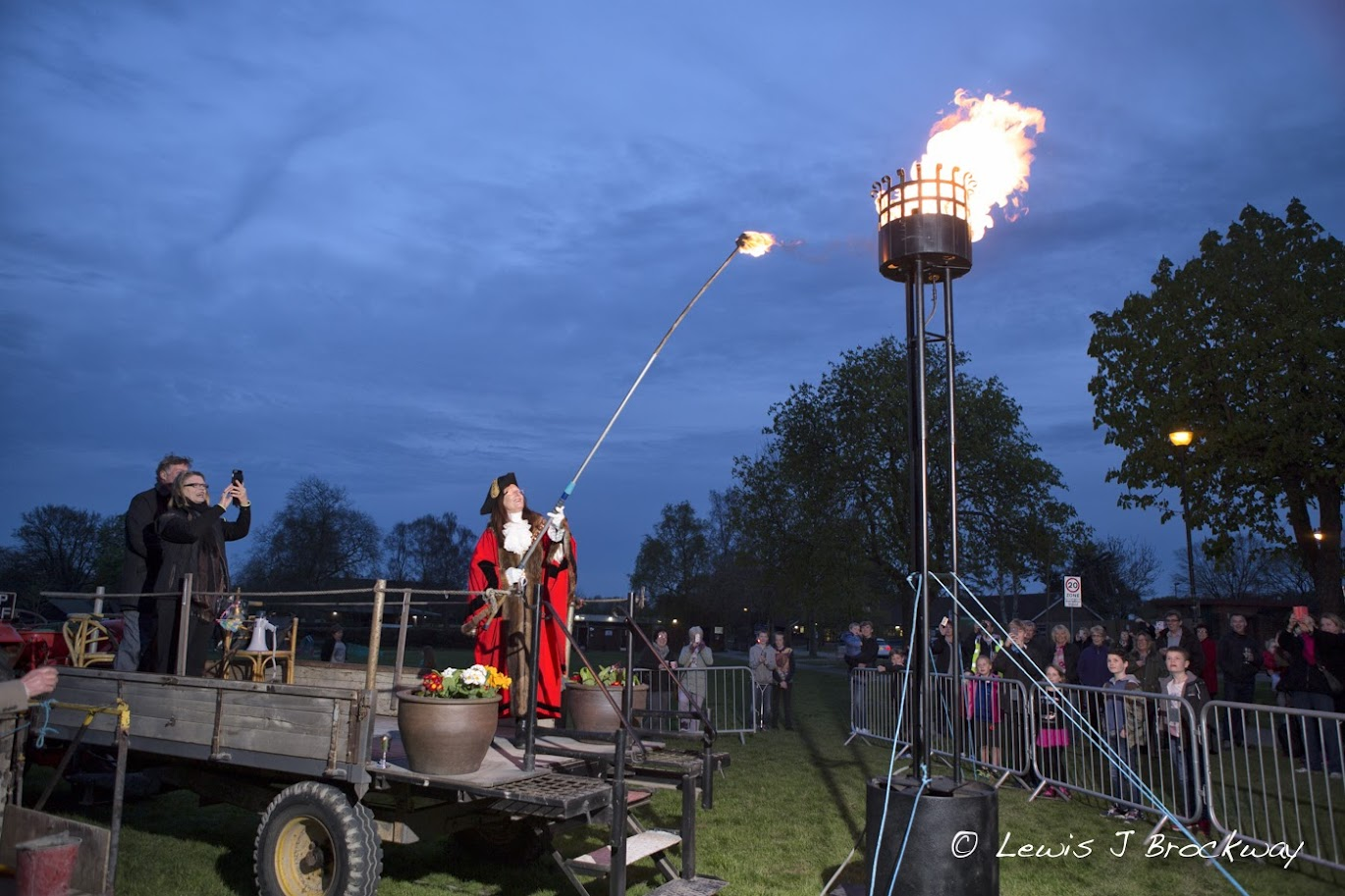 Photos The Queens 90th Birthday Beacon
