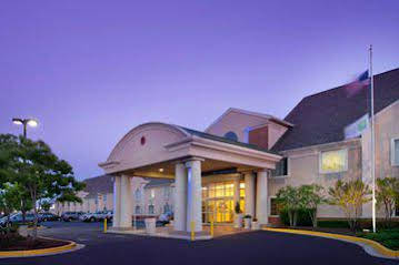 Holiday Inn Express and Suites Annapolis