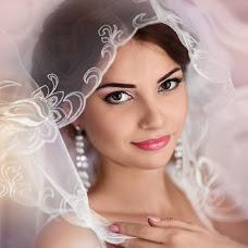 Wedding photographer Tatyana Kuteeva (Kuteeva). Photo of 04.08.2015