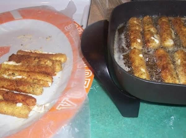 Fried cheese sticks_image