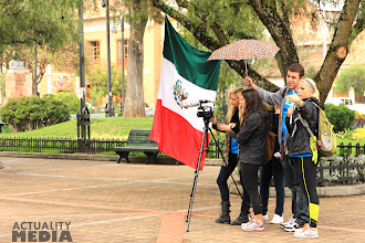 Photo: Filming for the practice shoot at Techo's La Colecta