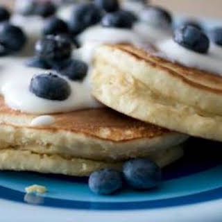 Banana Flax Pancake (Gluten-Free, Grain-Free, high protein, low carb).