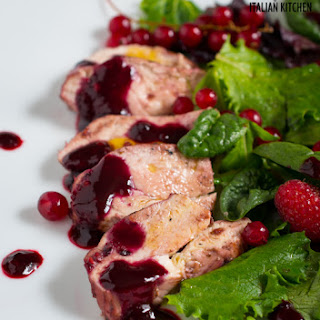 Marinated Chicken Salad With Berries – Easy