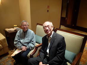 Photo: 周兆熙先生同胡校長