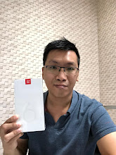 Photo: Sunday giveaway winner Davin K. showing off his new OnePlus 6.