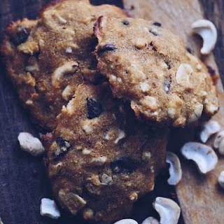 Chunky Chocolate Chip Cashew Cookies