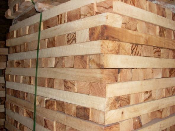 Phôi gỗ được tẩm sấy