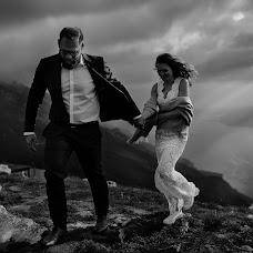 Wedding photographer Valdis Kaulins (Kaulins). Photo of 30.11.2018