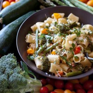 One Pot Vegetable Pasta Primavera.