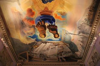 """Photo: Un côté du plafond du """"Palais du Vent""""."""