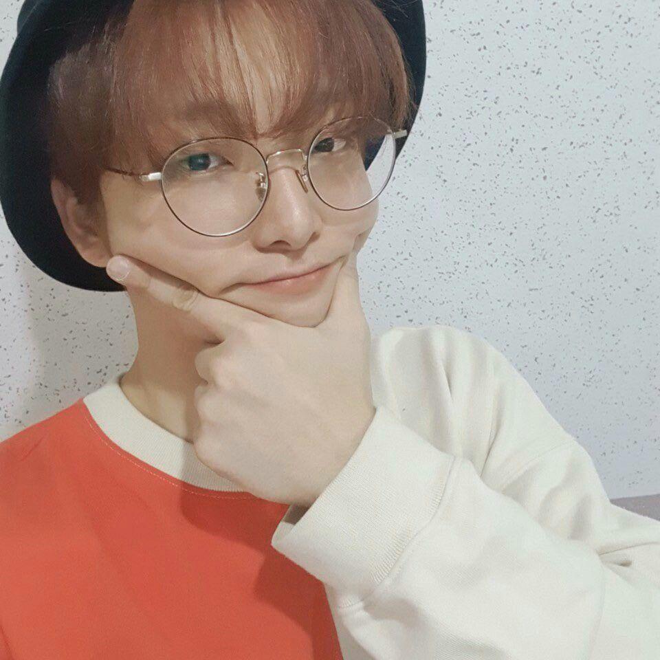 buckethatspecs_seoho