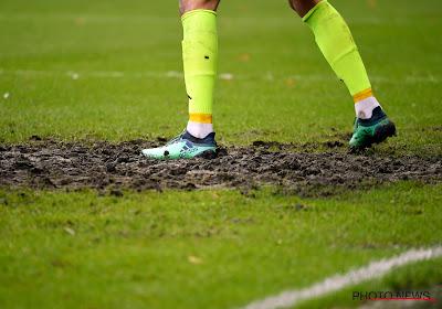Eindelijk: Anderlecht legt nieuwe grasmat aan