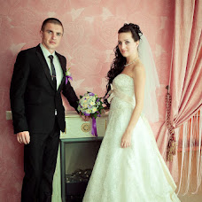 Wedding photographer Elena Sheresheva (fotookrug). Photo of 19.05.2013