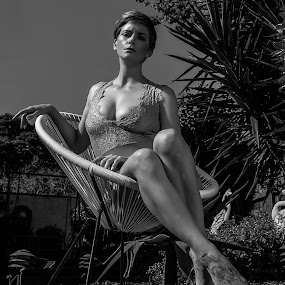 Stephanie by Murray howard-Brooks - Black & White Portraits & People