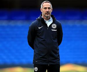 """Coach van Frankfurt furieus na de nederlaag: """"Die goal was niet verdiend"""""""