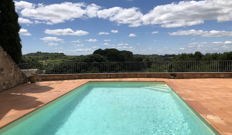 Bien atypique avec terrasse et vue panoramique Pezenas