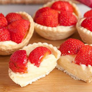 4-Ingredient Strawberry Tarts Recipe
