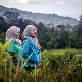 Girly by Putra Bustami - People High School Seniors