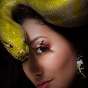 marlea :) by Rajha Tahir - People Portraits of Women